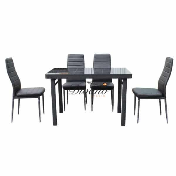 โต๊ะอาหาร 4 ที่นั่ง